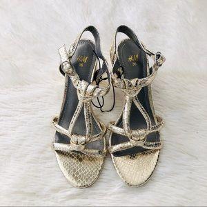 H&M Gold Knot Snake Texture Block Heel Sandal 36